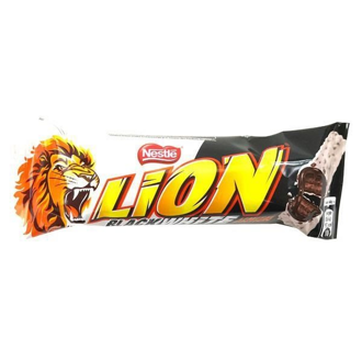 Батончик Nestle LION Black&White